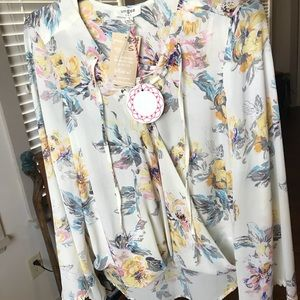 UMGEE floral blouse